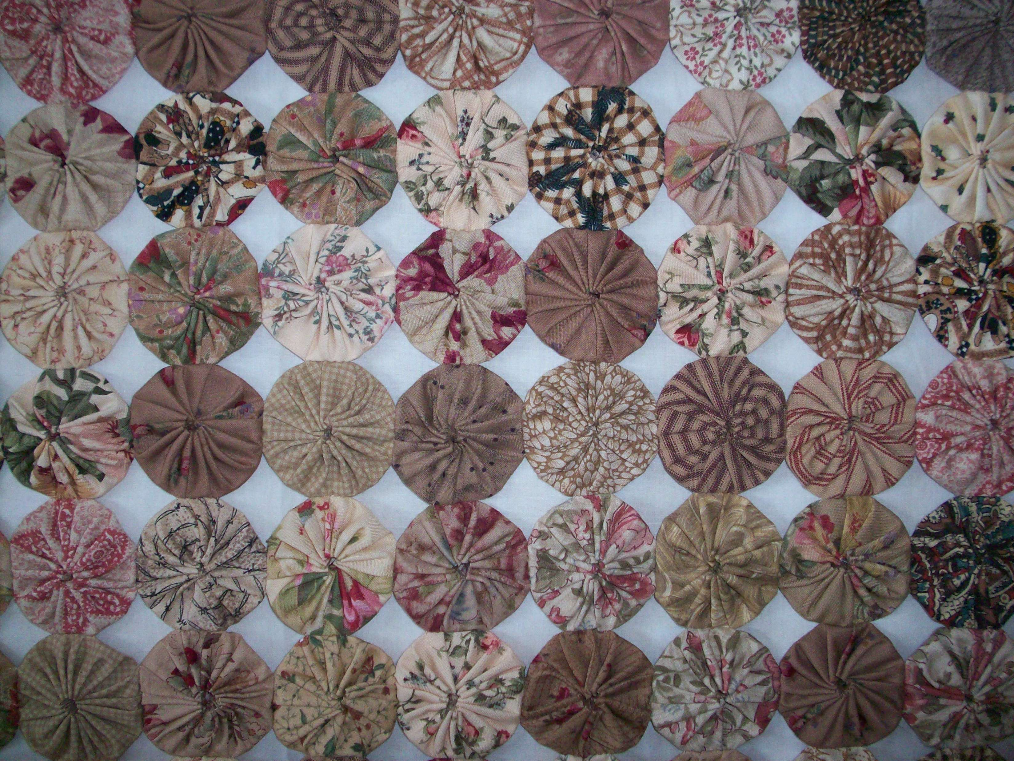 Suffolk Puff Quilt - Gum Valley Patchwork : quilting yo yos - Adamdwight.com