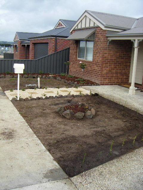 Hannahs garden 3