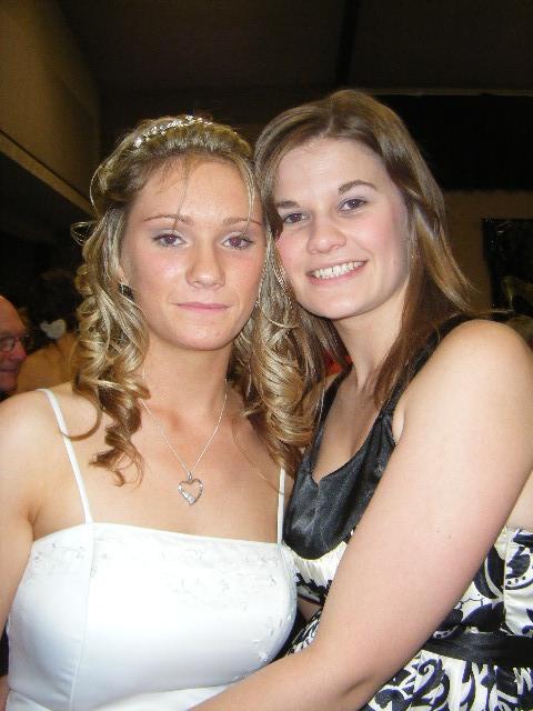 Sarah & Hannah