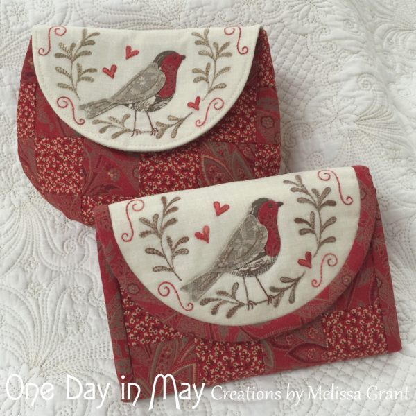 Red-Robin-Pouch-and-Jewellery-Keep-600x600