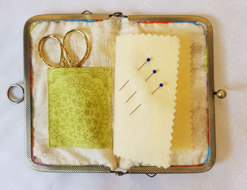 Needle purse inside