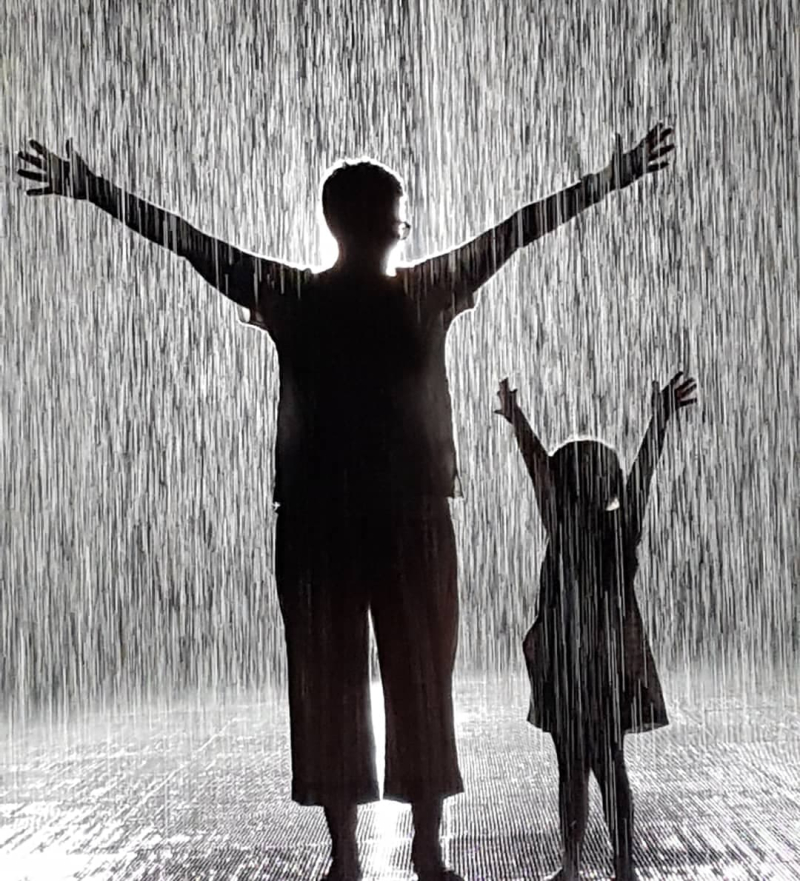 Rain Room Georgia and Gran