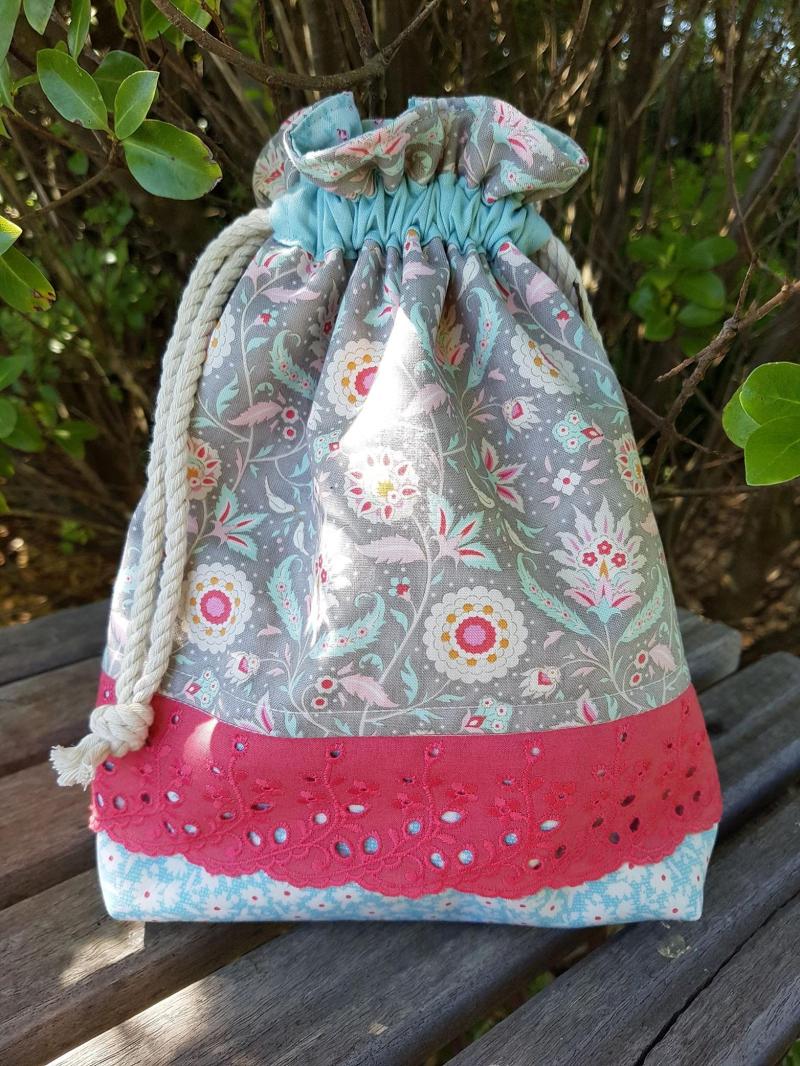 Bon Voyage Drawstring bag
