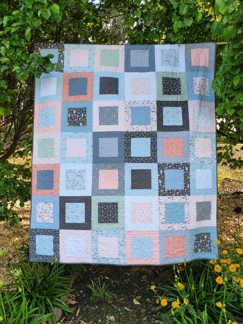 Woodland songbirds quilt